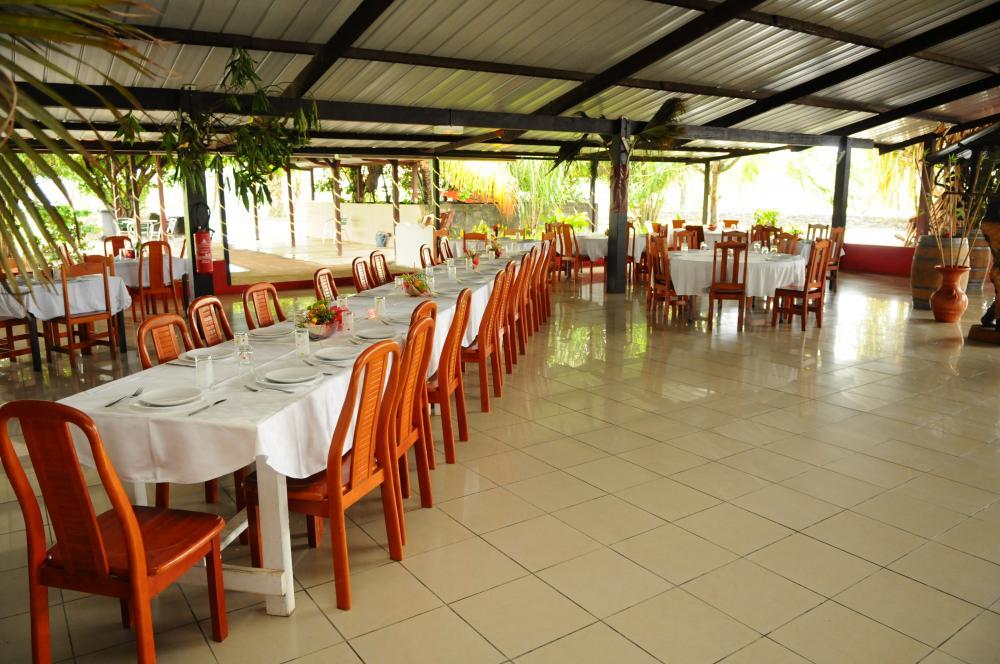Salle de restaurant Ferme E. ZULEMARO à kourou, en Guyane
