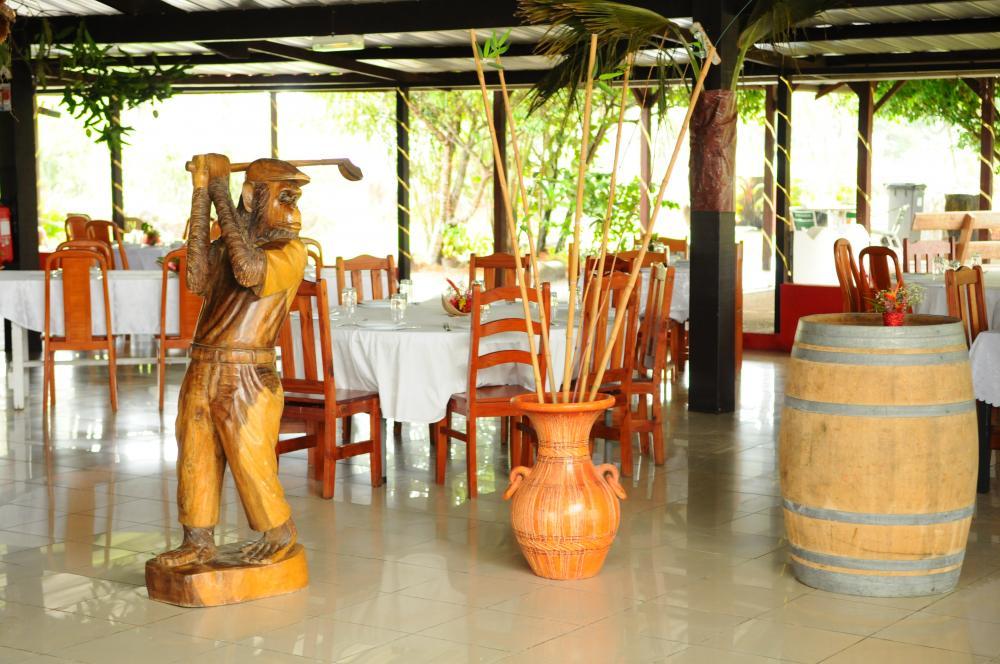 Salle de restaurrant Ferme E. ZULEMARO à kourou, en Guyane